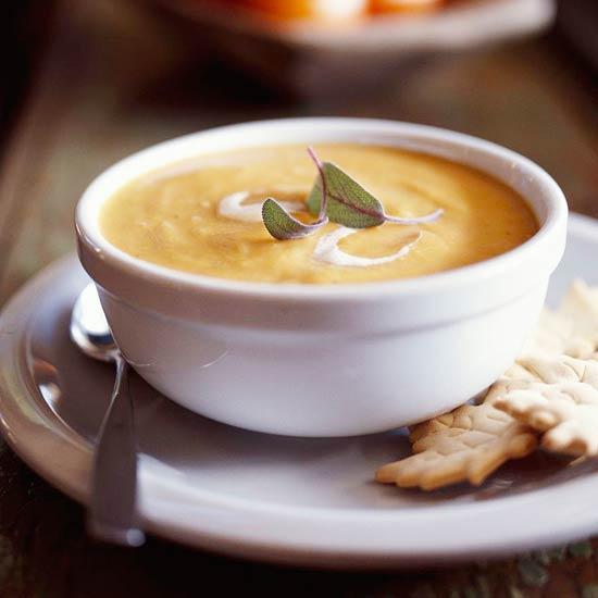 Σούπα βελουτέ με κάστανα, γλυκοκολοκύθα και μήλα