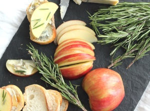 Honeycrisp Crostini