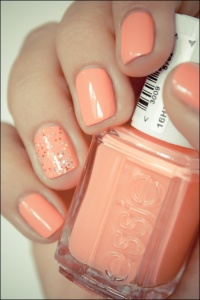 essie tart deco. perfect peach.
