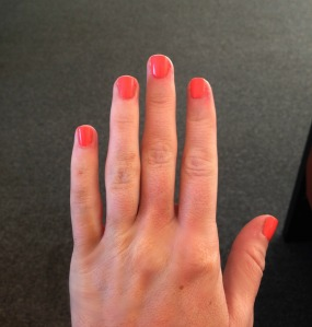 Gelous/Essie Manicure