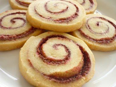 The Glitter Life Cinnamon Roll Cookies