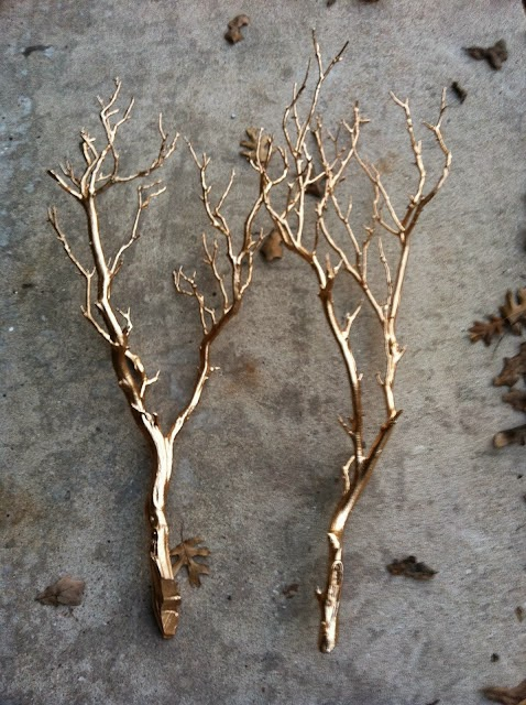 metallic-spray-paint-diy-branches