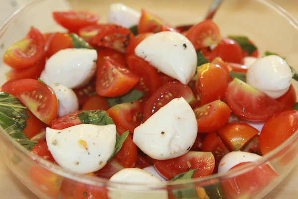 The Glitter Life Mini-Caprese-Salad