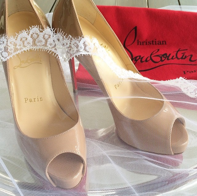 bridal attire from head (j's mother's veil)  to toe (christian louboutins). photo: the willets.
