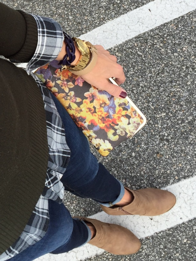 The glitter life hobo wallet floral
